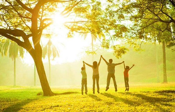 چطور شاد زندگی کنیم